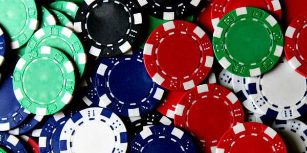 Populārākie tiešsaistes kazino pokera spēlēšanai